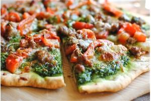 Пица със сос Песто